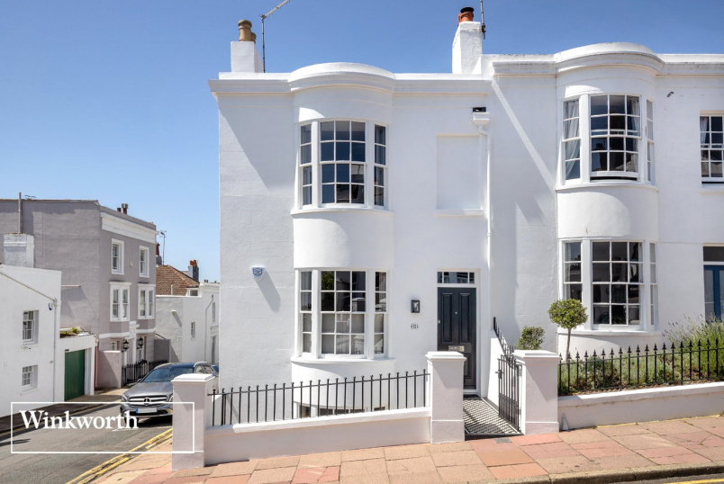 House for sale in Brighton & Hove - Victoria Street, Brighton, East Sussex, BN1
