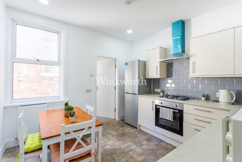 Flat/apartment to rent in Harringay - Sirdar Road, London, N22
