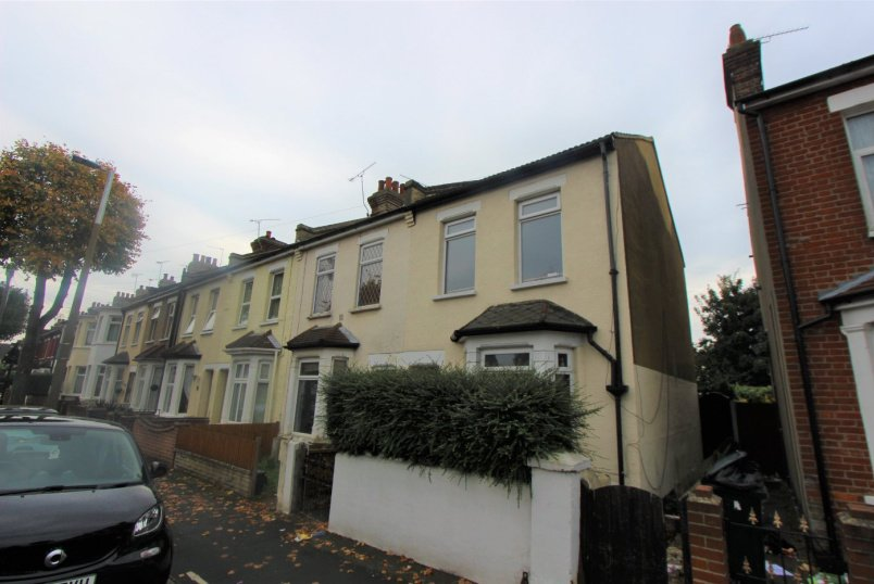 House to rent in  - North Avenue, Southend-on-Sea, Essex, SS2