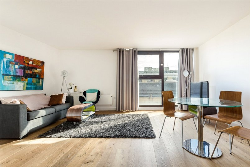 Flat/apartment for sale in  - Topham Street, London, EC1R