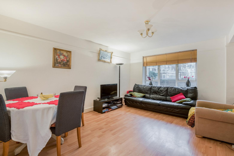 Flat to rent in Pimlico and Westminster - ABBOTS MANOR, SW1V