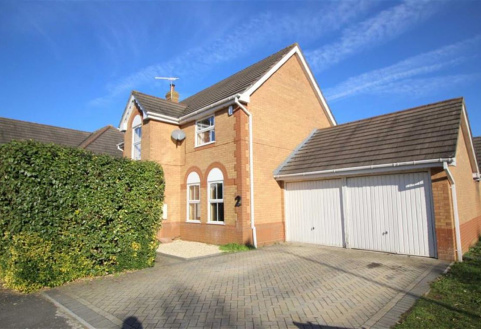 Aintree Drive, Chippenham, Wiltshire