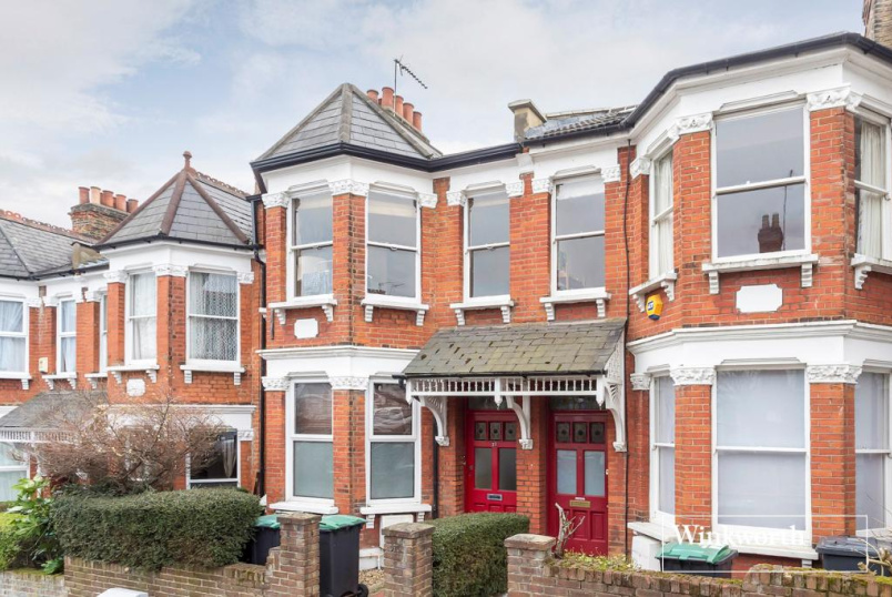 Flat/apartment for sale in  - Hewitt Road, Harringay, N8