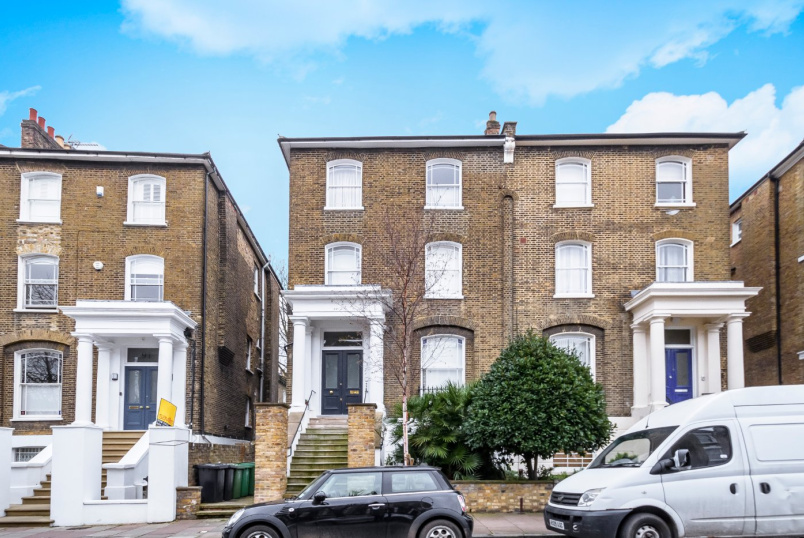 Flat/apartment for sale in Highbury - Highbury Hill, London, N5