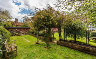 A wonderful family home with close to 1800sq ft of accommodation