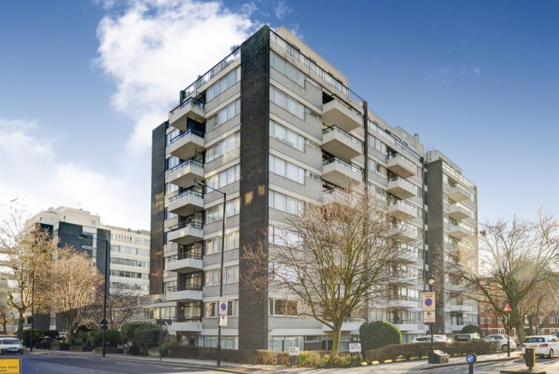 Apartment for sale in St Johns Wood - LONDON HOUSE, ST JOHN'S WOOD, NW8 7PX