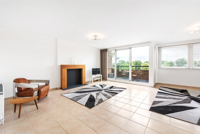 Flat/apartment for sale in Brentford & Isleworth - Numa Court, Justin Close, Brentford Dock, TW8