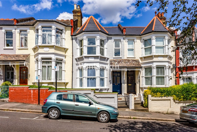 House for sale in Harringay - Hewitt Road, London, N8