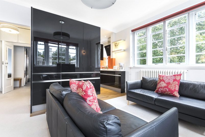 Flat/apartment to rent in West End - Tavistock Court, Tavistock Square, London, WC1H