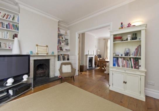 House to rent in North Kensington - Highlever Road, London, W10