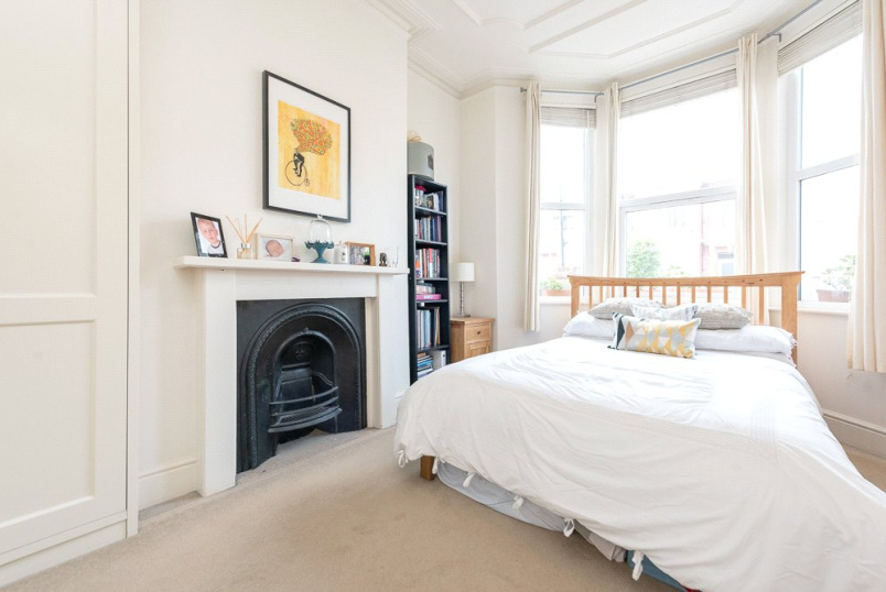 Flat/apartment to rent in Kensal Rise & Queen's Park - Osborne Road, London, NW2