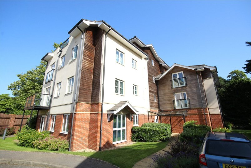 Flat/apartment for sale in Poole - St Aldhelms Place, 25 Lindsay Road, Poole, BH13