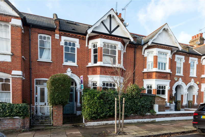 House for sale in Chiswick - Rusthall Avenue, London, W4