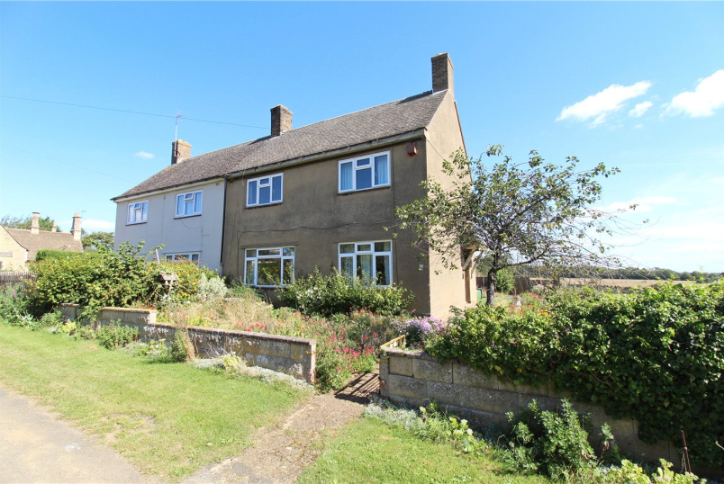 House for sale in Market Deeping - Meadow Lane, Thornhaugh, Peterborough, PE8