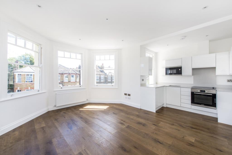 Flat/apartment to rent in Herne Hill - Kinfauns Road, London, SW2
