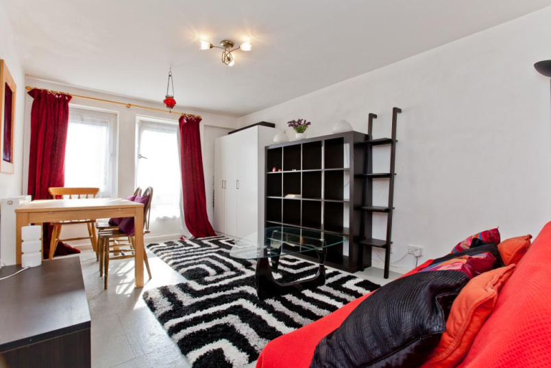 Flat/apartment to rent in Islington - Penton Street, Islington, N1