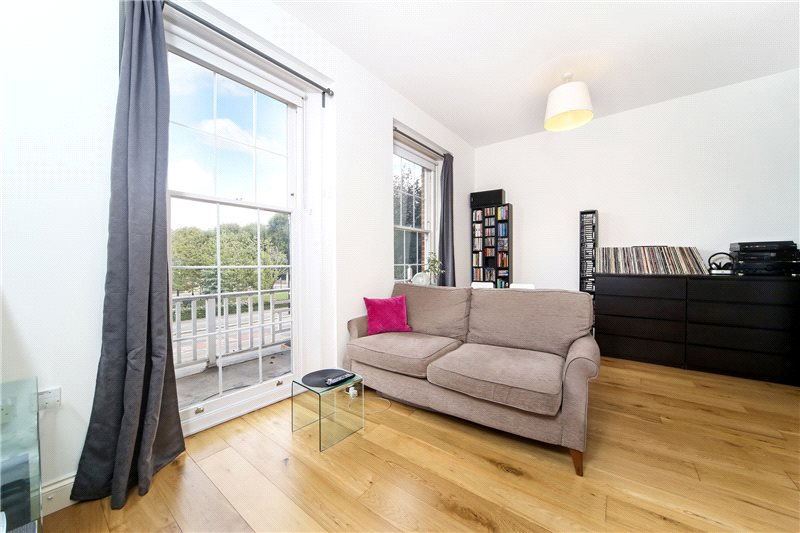 Flat/apartment to rent in Shepherds Bush & Acton - The Vale, London, W3