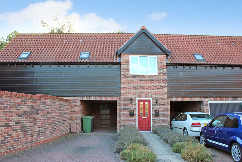 Flat/apartment for sale in Poringland - Victory Avenue, Poringland, Norwich, NR14