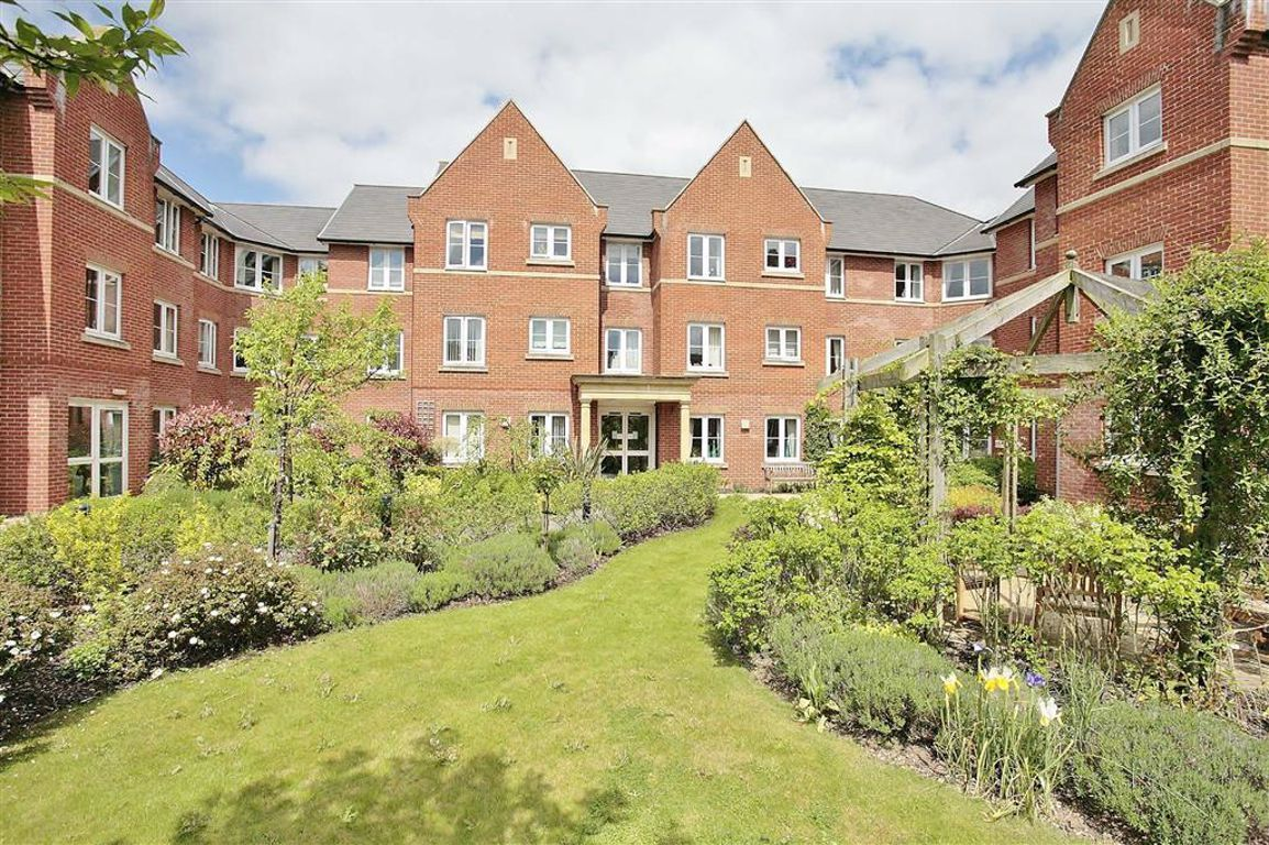 1 Bedroom Property For Sale In Foxhall Court Banbury 163