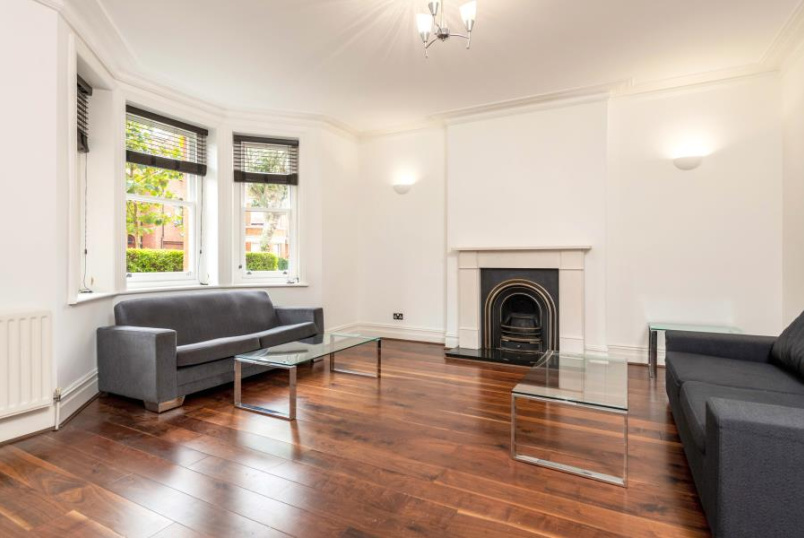 Flat for sale in St Johns Wood - CASTELLAIN MANSIONS, LONDON W9 1HD