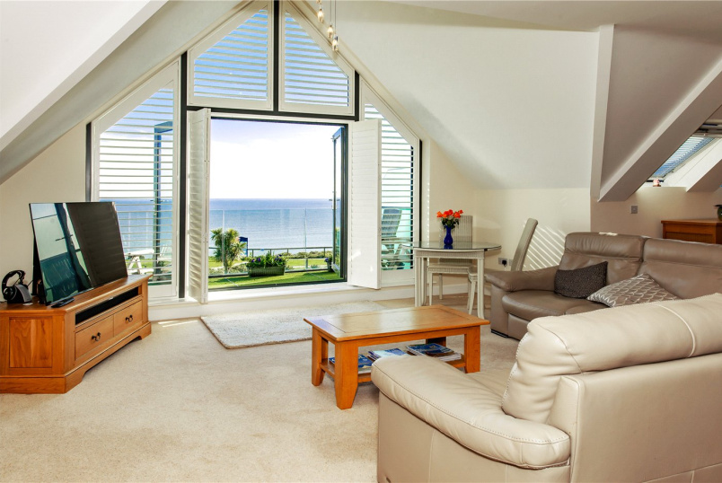 Penthouse for sale in Highcliffe - Seascape, 27 Wharncliffe Road, Highcliffe, BH23