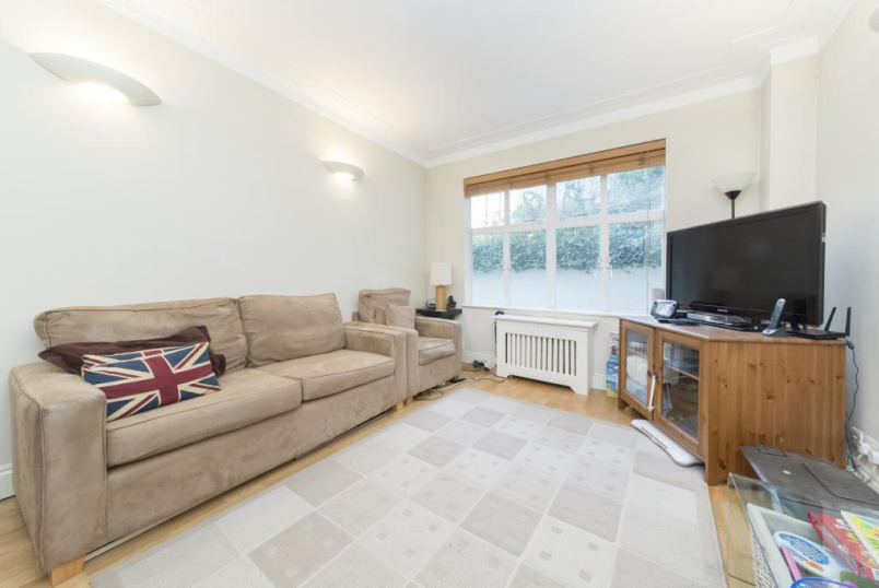 Flat/apartment to rent in Knightsbridge & Chelsea - Cheyne Place, London, SW3