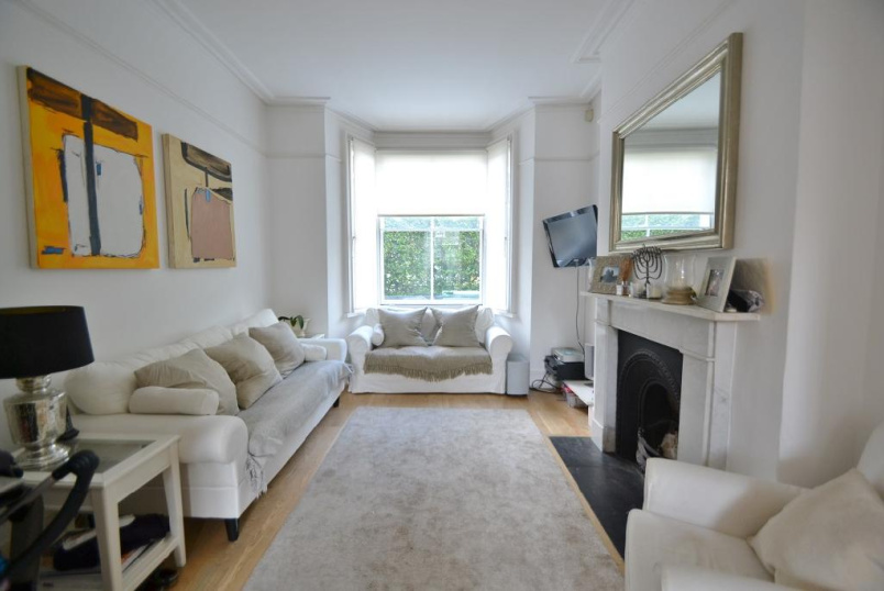 House to rent in Kentish Town - Countess Road, KentishTown, London, NW5