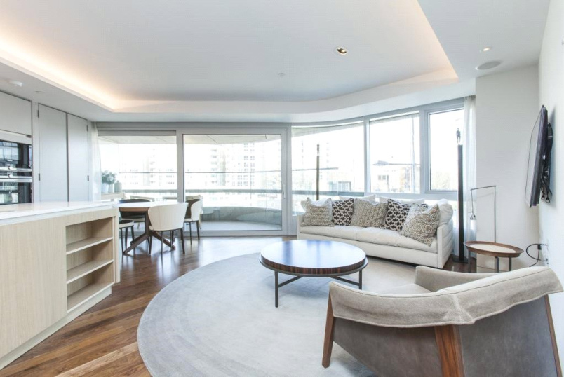 Flat/apartment to rent in Highbury - Canaletto Tower, 257 City Road, EC1V
