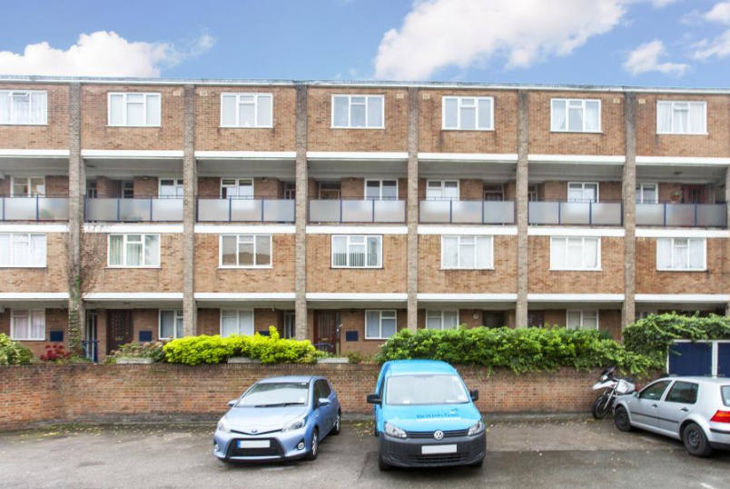 Maisonette to rent in St Johns Wood - AQUILLA STREET, ST JOHN'S WOOD, NW8