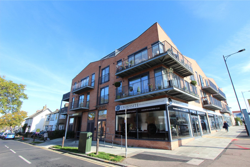 Flat/apartment for sale in Leigh-on-Sea - London Road, Leigh-on-Sea, Essex, SS9