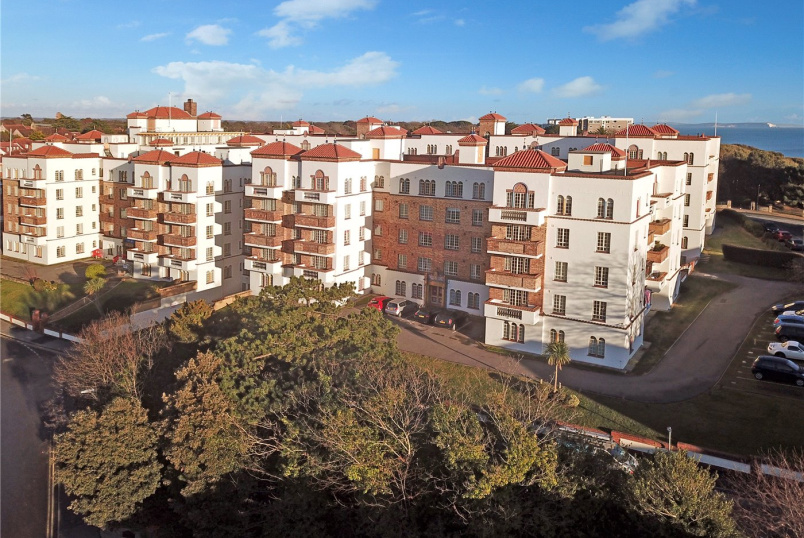 Flat/apartment for sale in Southbourne - San Remo Towers, Sea Road, Bournemouth, BH5