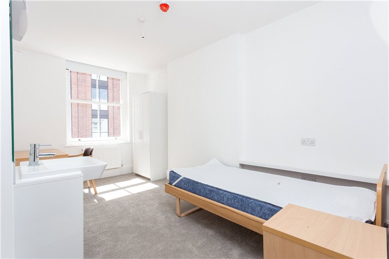 Flat/apartment to rent in South Kensington - Fulham Road, London, SW3