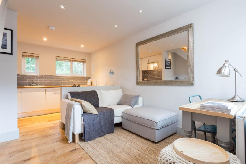 House to rent in Highbury - Coach House Lane, Highbury, N5