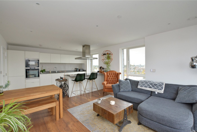 Flat/apartment to rent in Greenwich - Bowspirit Apartments, Creekside, London, SE8