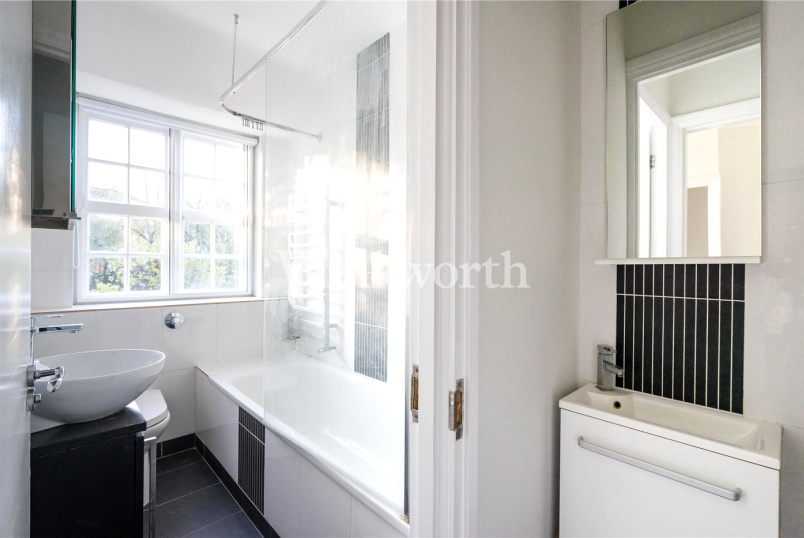 House to rent in  - Asmuns Place, Golders Green, NW11