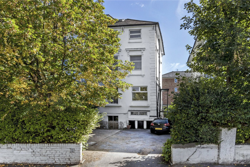 Flat/apartment for sale in West Norwood - Park Hall Road, London, SE21