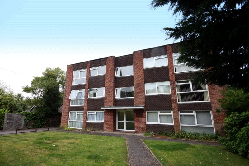 Flat/apartment to rent in Westbourne - Guest Court, 31 Guest Avenue, Poole, BH12