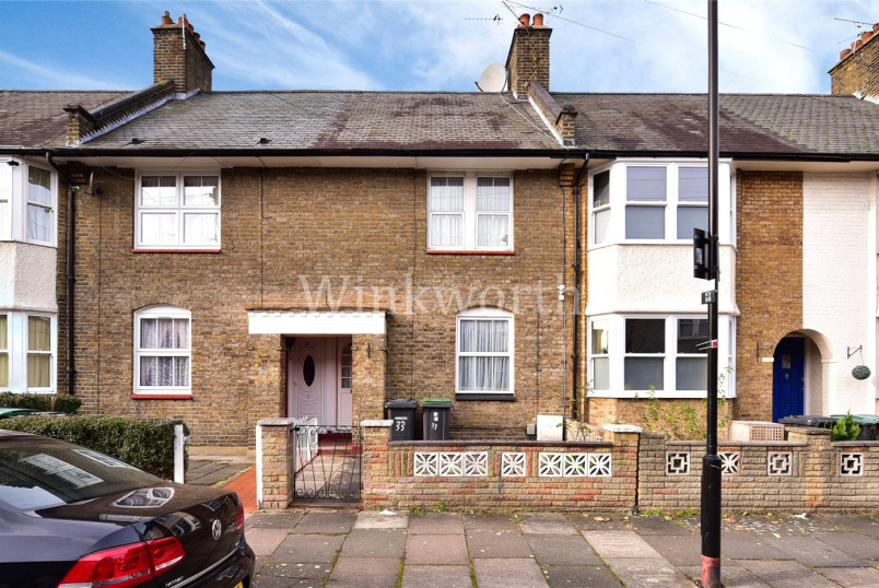 House for sale in Harringay - Kevelioc Road, London, N17