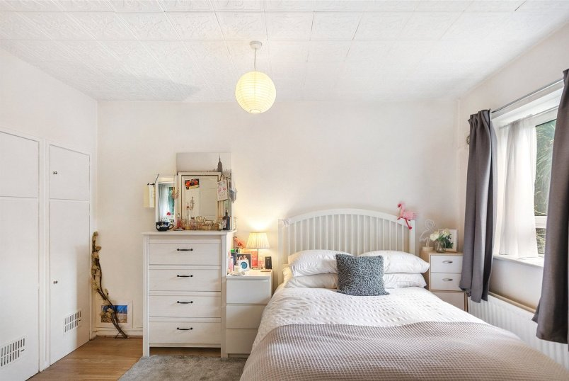 Maisonette for sale in Tooting - Alfred Butt House, Holdernesse Road, London, SW17