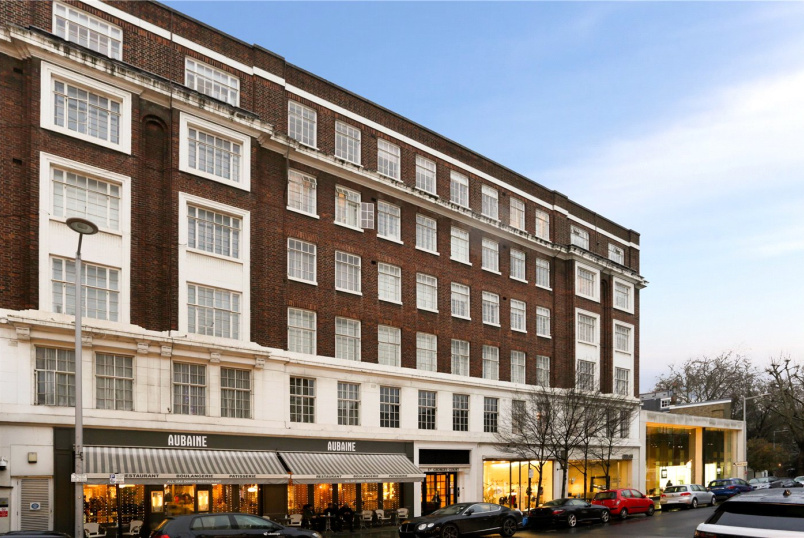 Flat/apartment to rent in Knightsbridge & Chelsea - St Georges Court, Brompton Road, London, SW3
