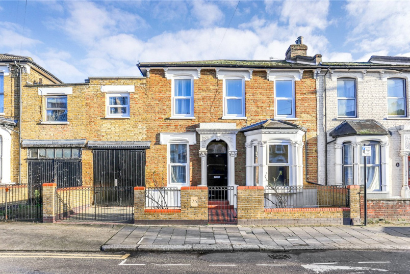 House to rent in Harringay - Black Boy Lane, London, N15