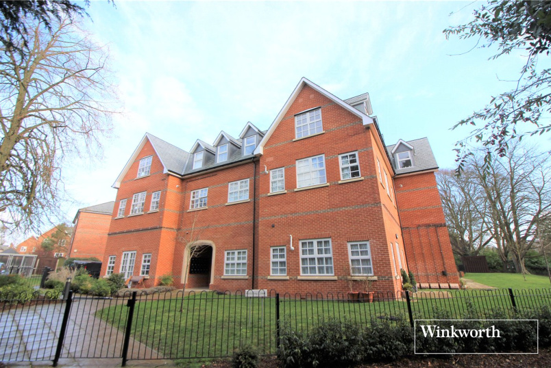Flat/apartment for sale in  - Goldring Court, Goldring Way, London Colney, AL2