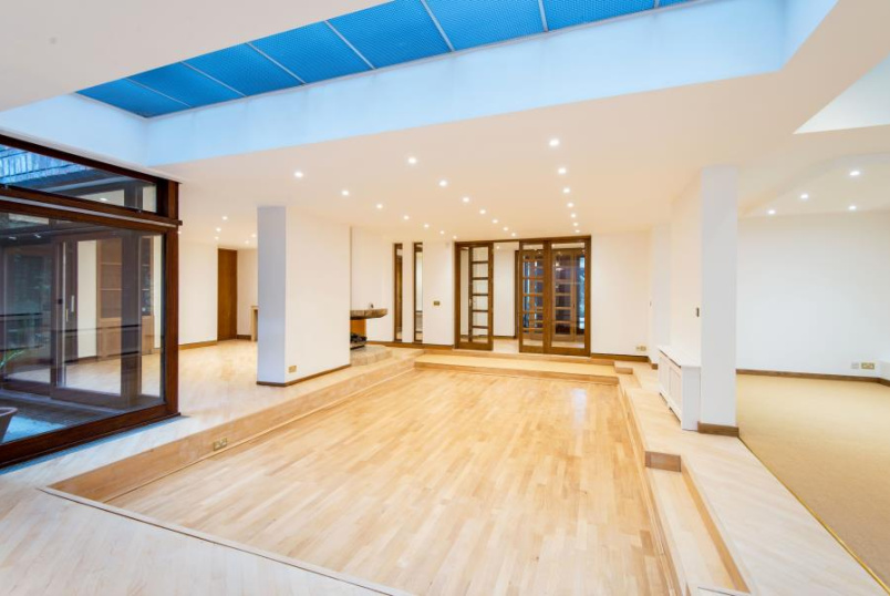 House - terraced to rent in St Johns Wood - ELM TREE ROAD, NW8 9JY