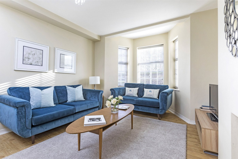 Flat/apartment for sale in Clerkenwell & City - Worthington House, Myddelton Passage, Clerkenwell, EC1R