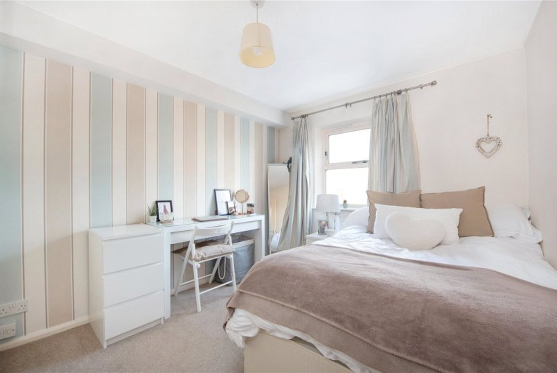 Flat/apartment to rent in  - Henry Doulton Drive, London, SW17