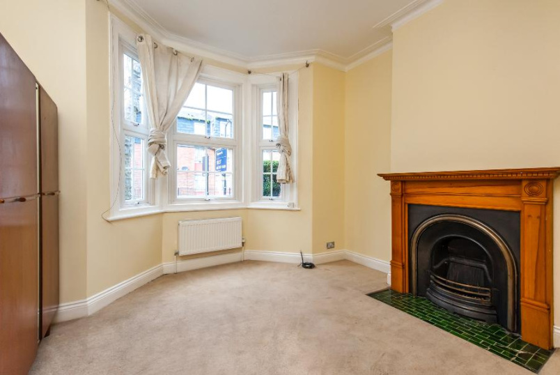 Flat to rent in Kennington - JOHN RUSKIN STREET, SE5