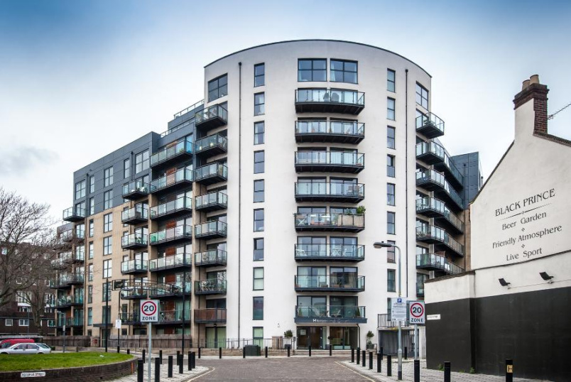 Flat to rent in Kennington - HAMMOND COURT, SE11