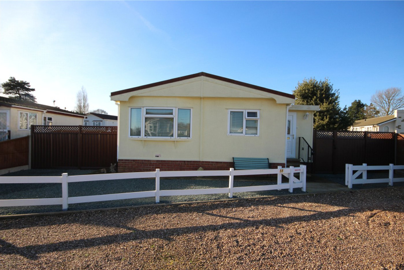 Bungalow for sale in Sleaford - Orchards Park, Ruskington, Sleaford, NG34