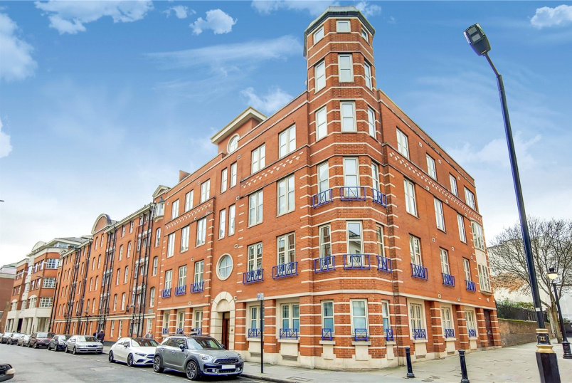 Flat/apartment for sale in West End - Drury Lane, London, WC2B