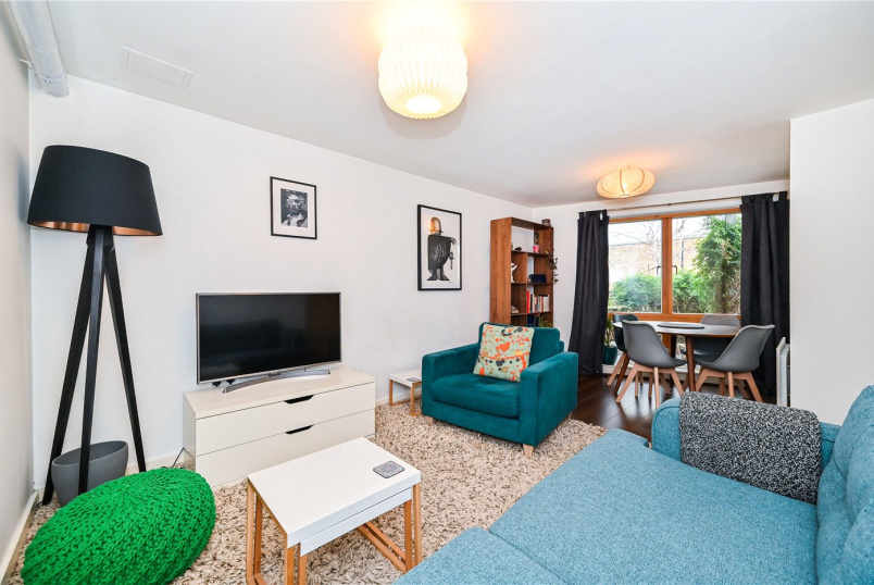 Flat/apartment to rent in Clerkenwell & City - Domecq House, 12 Dallington Street, London, EC1V